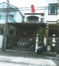 ทาวน์เฮ้าส์หลุดจำนอง ธ.ธนาคารอาคารสงเคราะห์ ปทุมธานี เมืองปทุมธานี บ้านกลาง