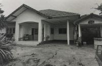 บ้านเดี่ยวหลุดจำนอง ธ.ธนาคารอาคารสงเคราะห์ กาญจนบุรี เมืองกาญจนบุรี ลาดหญ้า