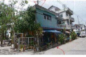 บ้านแฝดหลุดจำนอง ธ.ธนาคารไทยพาณิชย์ •สมุทรปราการ •พระสมุทรเจดีย์ •ในคลองบางปลากด