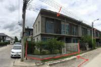 ทาวน์เฮ้าส์หลุดจำนอง ธ.ธนาคารไทยพาณิชย์ นนทบุรี บางใหญ่ เสาธงหิน