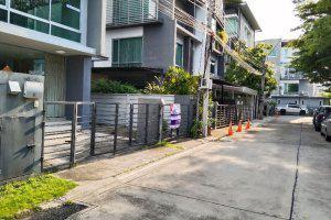 บ้านแฝดหลุดจำนอง ธ.ธนาคารไทยพาณิชย์ กรุงเทพมหานคร วังทองหลาง วังทองหลาง
